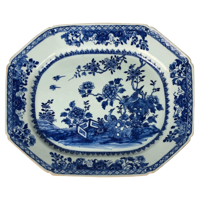 Chinese Porcelain Blue and White Platter Hand-Painted, 18th Century, Circa 1770 For Sale