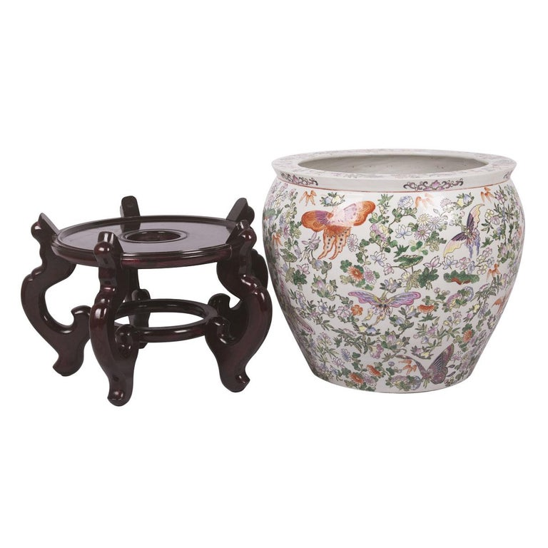 Chinese Porcelain Butterfly Matching Pair of Fish Bowl For Sale 8