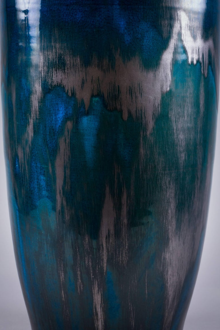 Mid-19th Century Chinese Porcelain Deep Turquoise Glazed Vase, circa 1840 For Sale