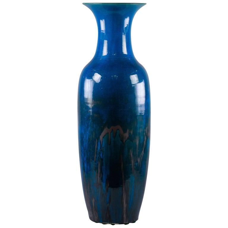 Chinese Porcelain Deep Turquoise Glazed Vase, circa 1840 For Sale