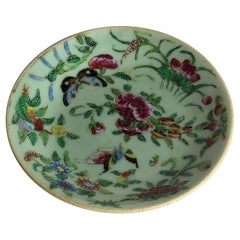Chinese Porcelain Dish or Plate Celadon Glaze Hand Painted, Qing, circa 1820