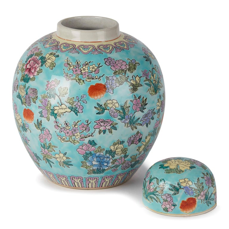 Chinese Porcelain Turquoise / Blue Famille Rose Lidded Ginger Jar For Sale 1