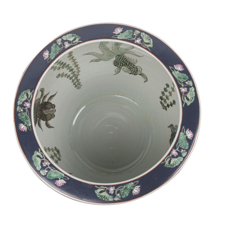 Women's or Men's Chinese Porcelain Floral Pattern Fish Bowl For Sale