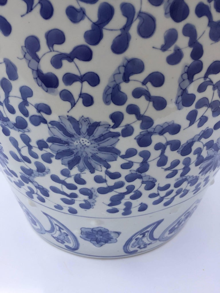 Hand-Crafted Chinese Porcelain Garden Seat in Blue and White Floral Motif For Sale