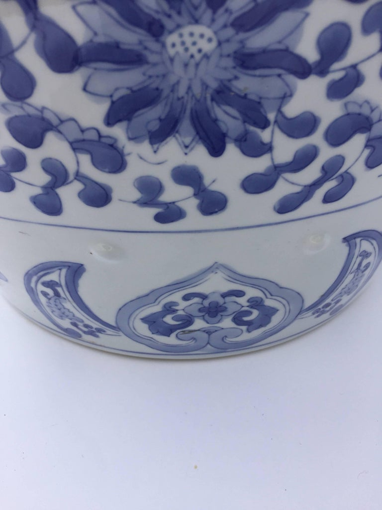 20th Century Chinese Porcelain Garden Seat in Blue and White Floral Motif For Sale