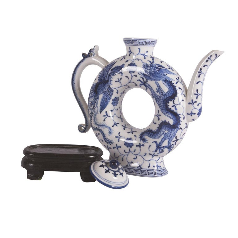 Chinese Porcelain Wine Pot For Sale 1