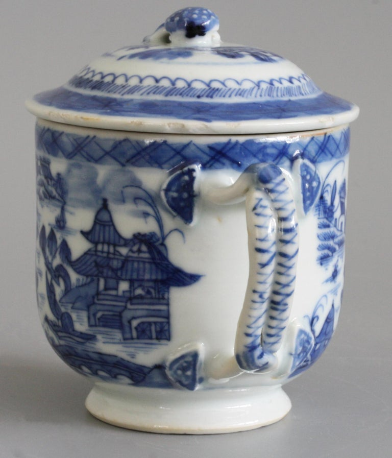 Chinese Qianlong Style Twin Handled Blue and White Lidded Cup For Sale 3