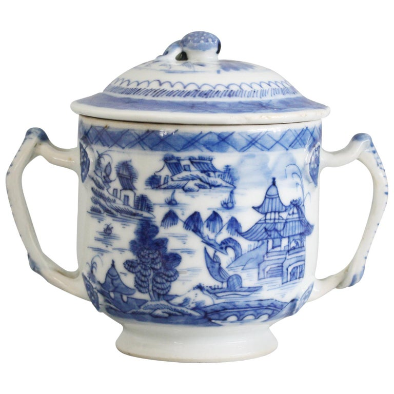 Chinese Qianlong Style Twin Handled Blue and White Lidded Cup For Sale