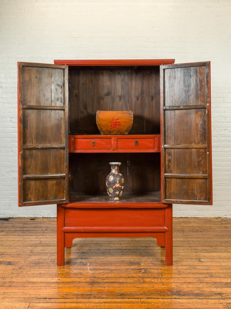 Chinese Qing Dynasty 19th Century Red Lacquered Armoire with Bronze Medallion For Sale 2