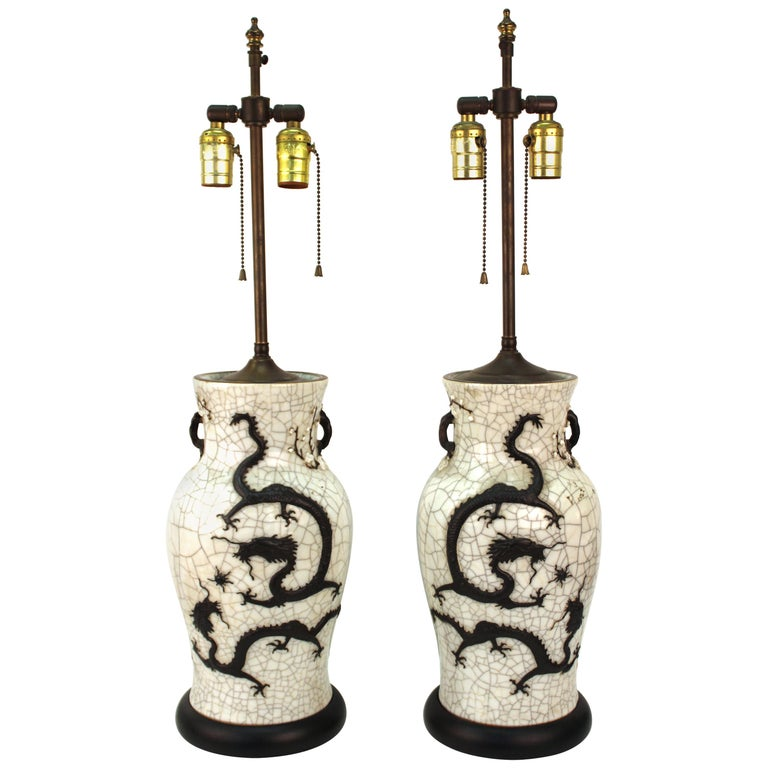 Chinese Qing Dynasty Crackle Glaze Dragon Vase Table Lamps