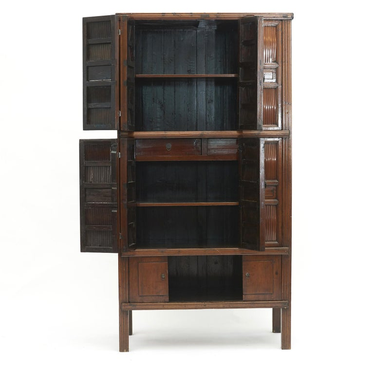Chinese Qing dynasty Kitchen cabinet.
