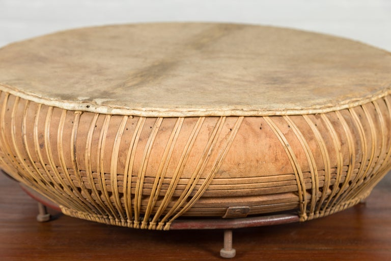 Chinese Qing Dynasty Period 19th Century Leather Drum with Its Wooden Mallet For Sale 6
