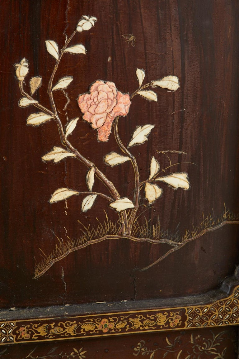 Chinese Qing Four Panel Carved Soapstone Coromandel Screen For Sale 8