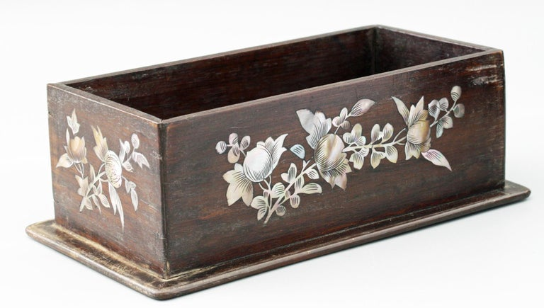 Chinese Qing Mother of Pearl Inset Wooden Glove Box  For Sale 4