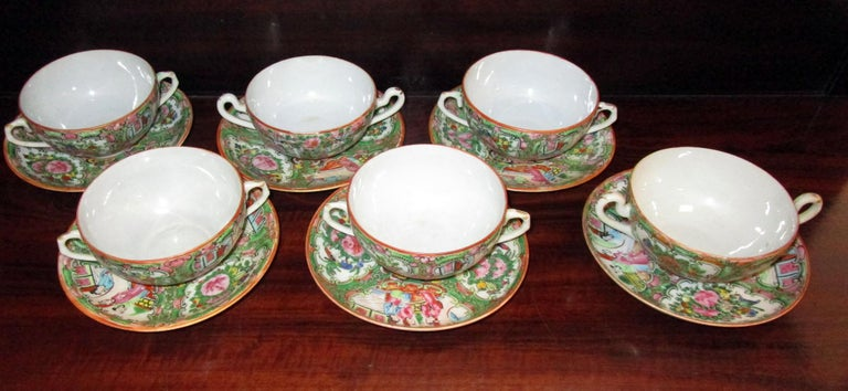 Chinese Qing Rose Medallion Porcelain Lidded Soup Rice Bowls with Saucers Set For Sale 5