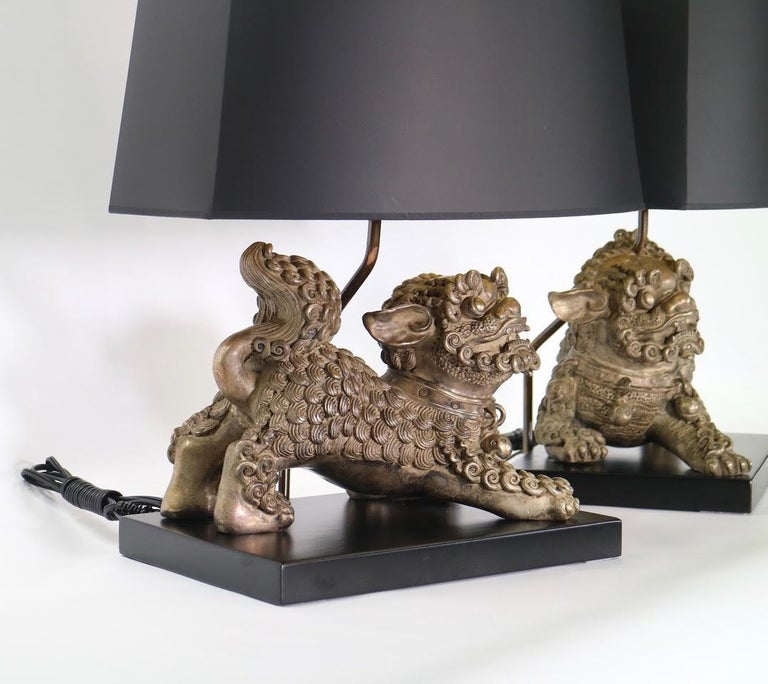 Chinese Qing Silver Plated Bronze Foo Dog Table Lamps In Excellent Condition For Sale In New York, NY