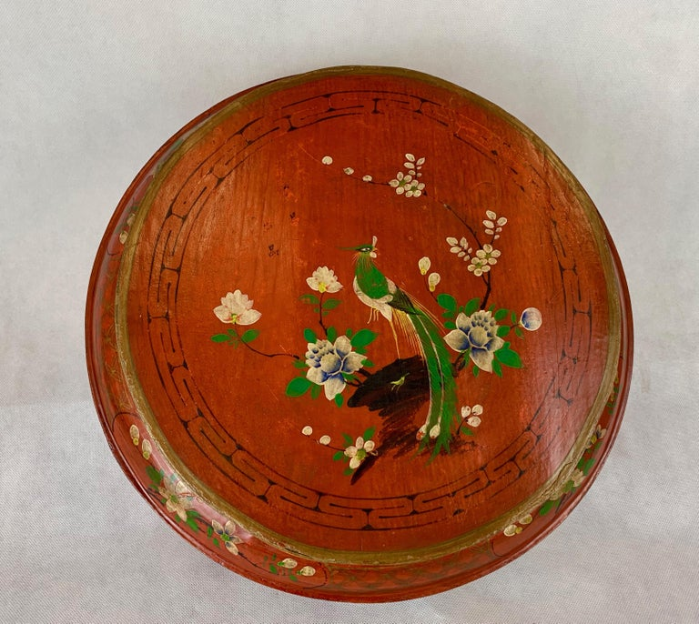 Hand Decorated Chinese Wedding Box in Red Lacquer For Sale 1