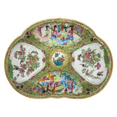 Chinese Famille Verte Rose Medallion Crescent-Shaped Bone Dish, Canton, c. 1890.
