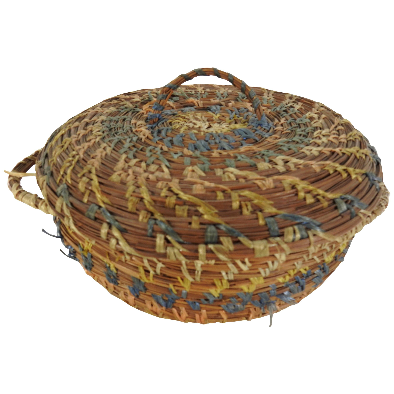 Chinese Round Pine Needle Basket Sewing Basket Vintage