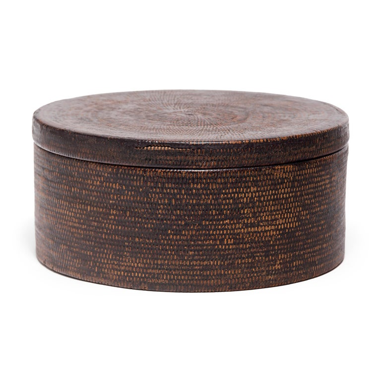 Qing Chinese Round Woven Hat Box, circa 1850 For Sale