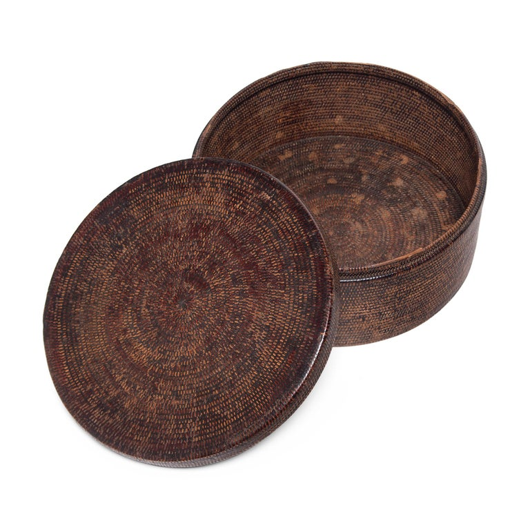 Chinese Round Woven Hat Box, circa 1850 For Sale 2