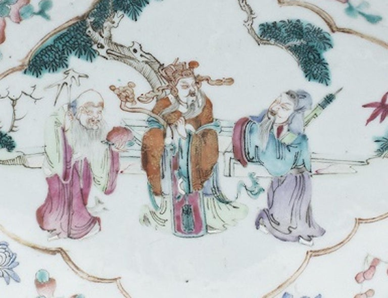 Chinese Shaped-Oval Tray, China, Early 20th Century In Good Condition For Sale In Roma, IT