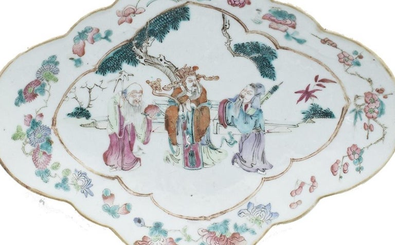 19th Century Chinese Shaped-Oval Tray, China, Early 20th Century For Sale