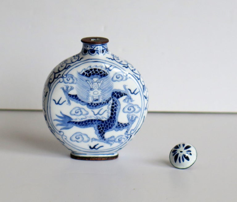 Chinese Snuff Bottle Hand Enamelled Blue and White Dragon on Copper, circa 1940s For Sale 8