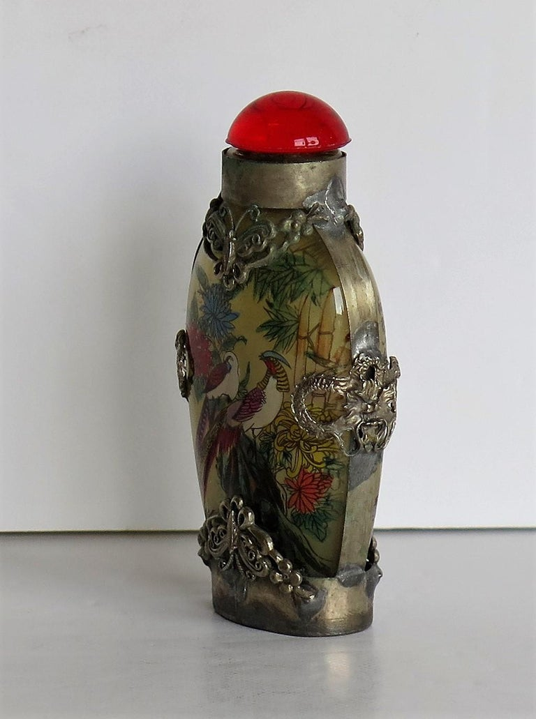 Chinese Snuff Bottle Miao Silver Cased Glass Finely Inside Painted In Good Condition For Sale In Lincoln, Lincolnshire