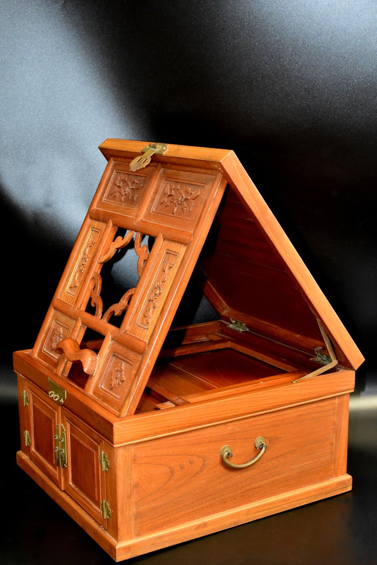 Chinese Solid Elm Jewelry Box with Carved Flowers In Good Condition For Sale In Somis, CA