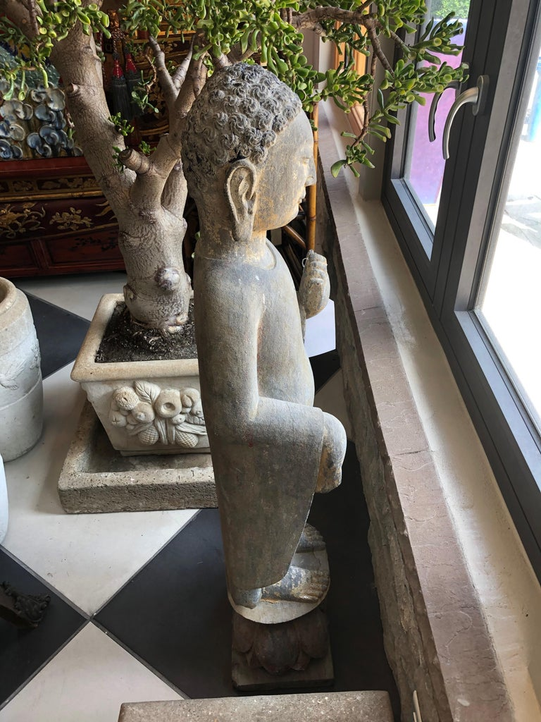 Chinese Stone Carved Buddha In Good Condition For Sale In Sarasota, FL