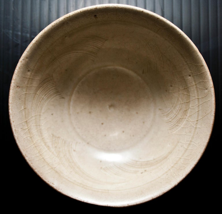 Chinese Stoneware Bowl, Sung Period, 12th-14th Century In Good Condition For Sale In Roma, IT
