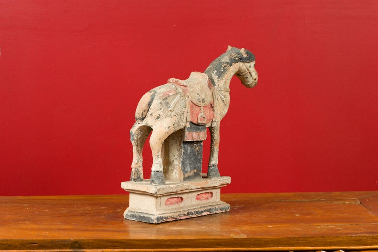 Chinese Tang Dynasty Horse Model circa 618-907 AD with Original Pigmentation For Sale 5