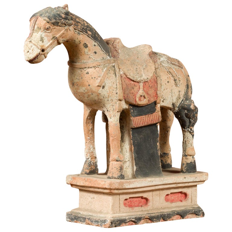 Chinese Tang Dynasty Horse Model circa 618-907 AD with Original Pigmentation For Sale