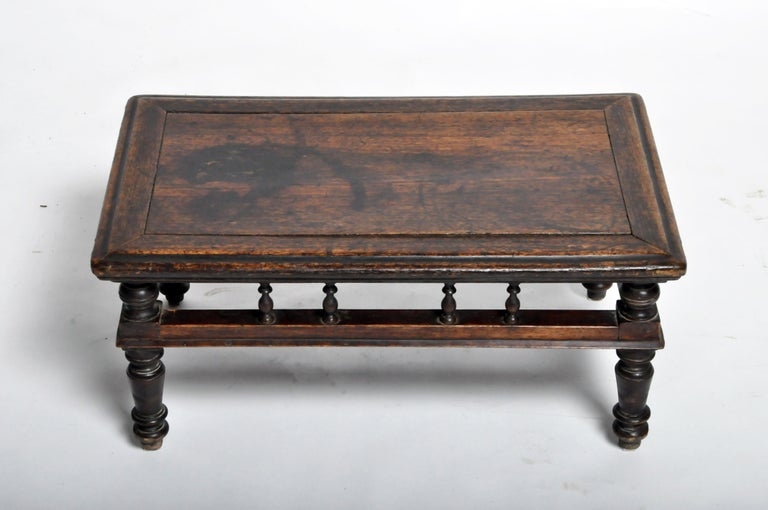 Chinese Tea Table In Good Condition In Chicago, IL