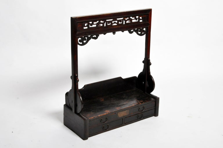 Chinese Vanity Stand with Three Drawers For Sale 13