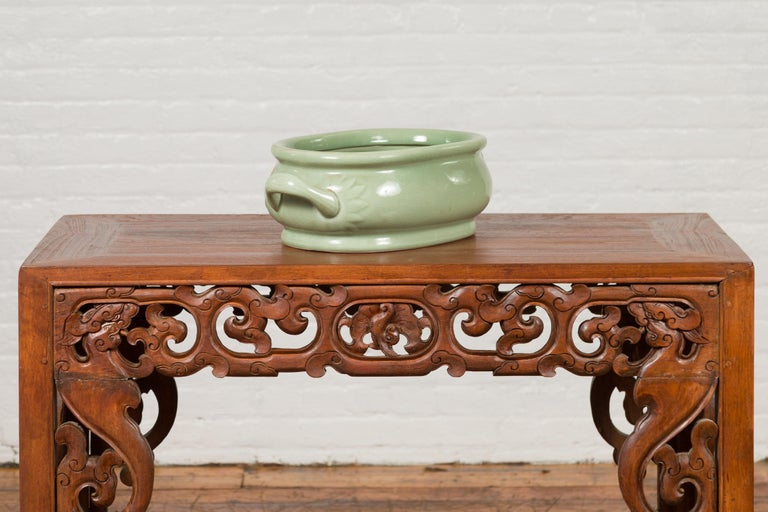 Chinese Vintage Celadon Foot Bath with Two Handles and Foliage Motifs For Sale 9