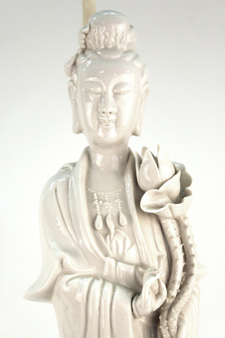 20th Century Chinese White Ceramic Guanyin Buddha Table Lamps For Sale