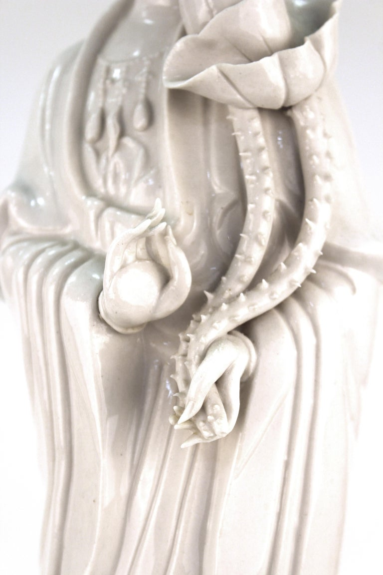 Chinese White Ceramic Guanyin Buddha Table Lamps For Sale 2