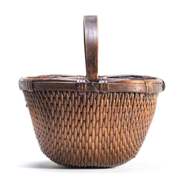 Hand-Woven Chinese Willow Market Basket, circa 1900 For Sale
