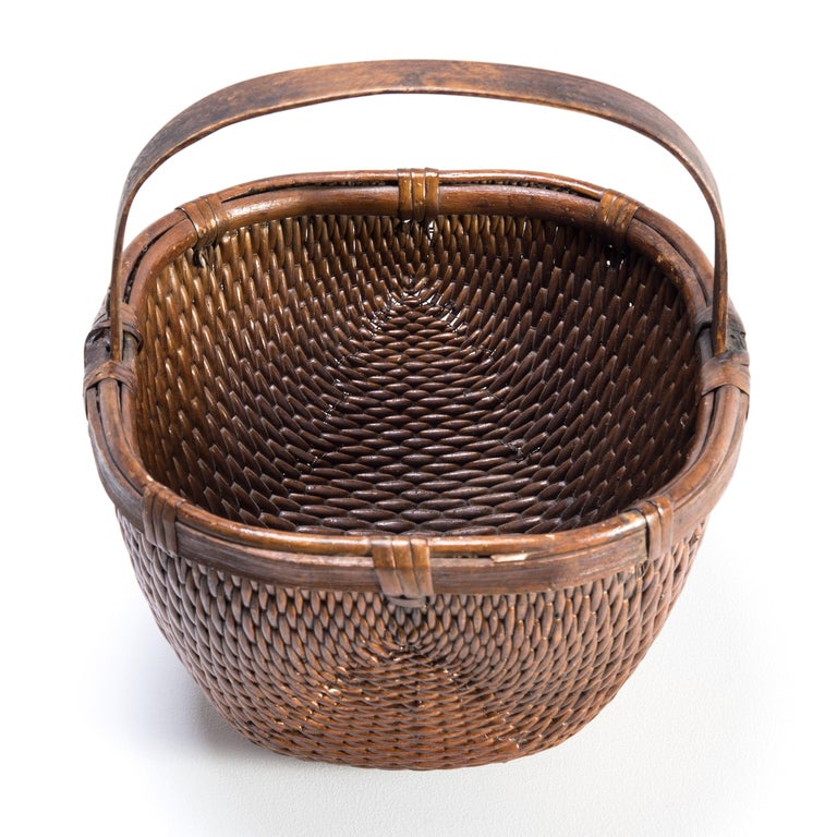 20th Century Chinese Willow Market Basket, circa 1900 For Sale