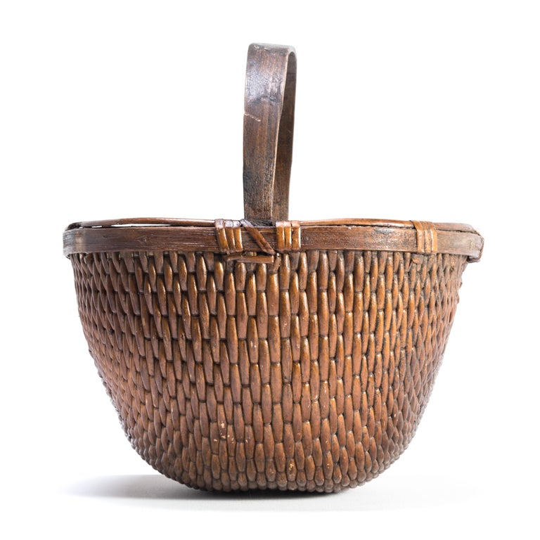 Rustic Chinese Willow Market Basket, circa 1900 For Sale