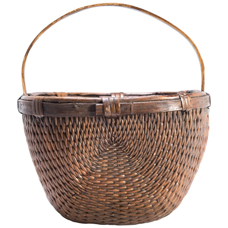Chinese Willow Market Basket, circa 1900 For Sale