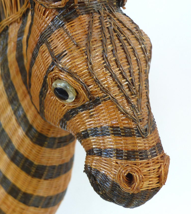 Chinese Woven Reed Zebra Trinket Box For Sale 5
