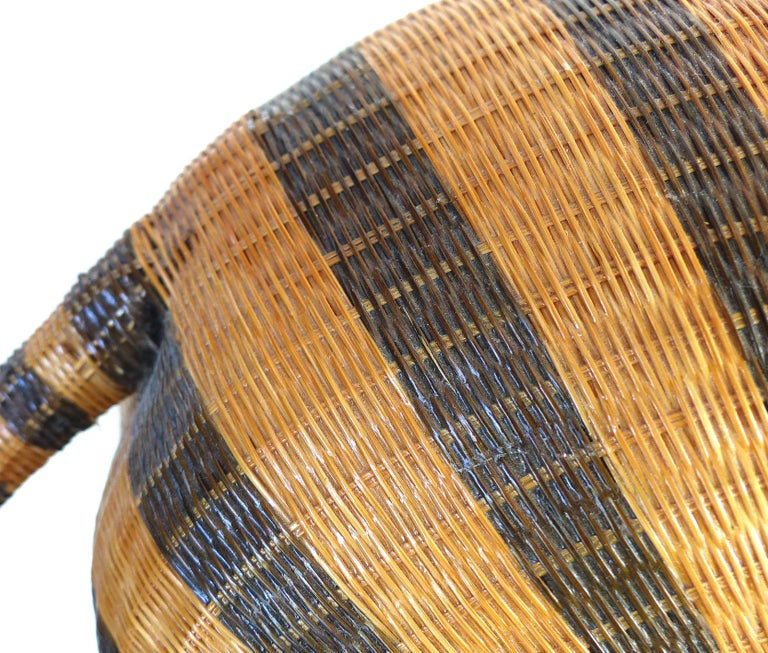 Chinese Woven Reed Zebra Trinket Box For Sale 7