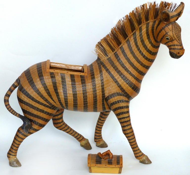 Glass Chinese Woven Reed Zebra Trinket Box For Sale