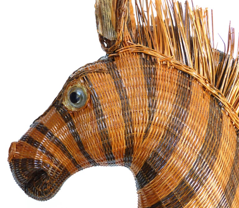 Chinese Woven Reed Zebra Trinket Box For Sale 4
