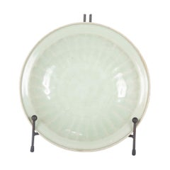 Chinese Yuan Celadon Fluted Edge Green Glaze Plate