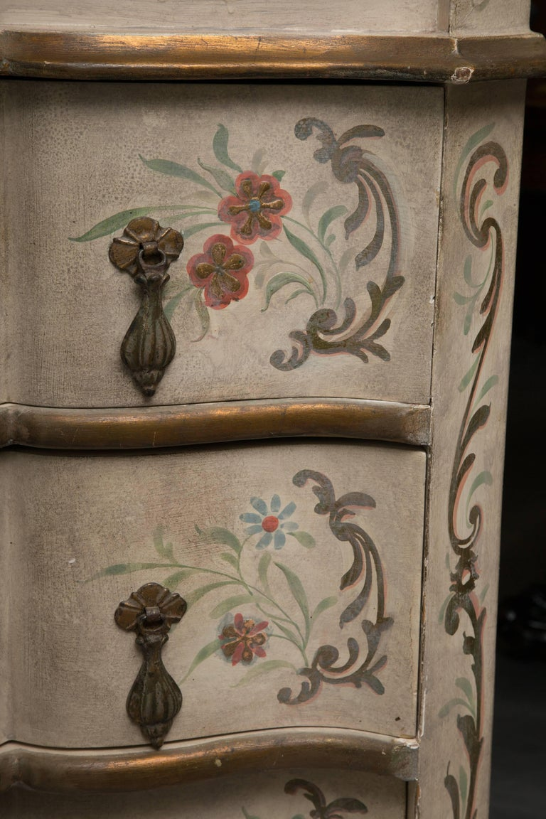 Chinoiserie and Cream-Painted Italian Queen Anne Style Secretary For Sale 3