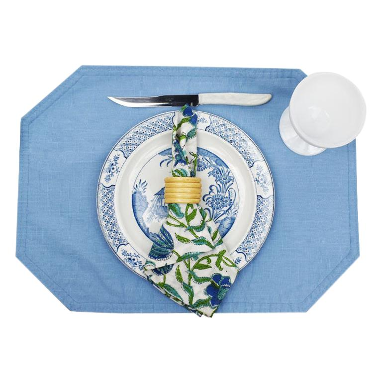 Chinoiserie Blue and Green Vintage 24 Piece Blue Green Place Setting, Set of 4 For Sale
